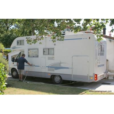 triloterie aire de service pour camping car. Black Bedroom Furniture Sets. Home Design Ideas